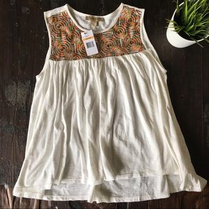 VINTAGE AMERICA Boho Embroidered Tank Top SMALL